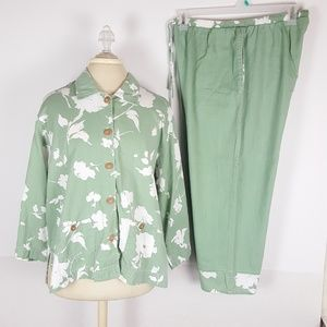 Womens Sz 16 Orvis 2 pc Green/White Floral Outfit